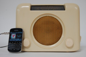 1950s Bush DAC90 Cream Radio, with MP3